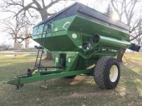 Brent 774 Grain Cart w/Roll Tarp