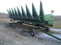 2012 JD 608C  Corn Head, 8 row, hyd. deck plates, knife rolls, stalk stompers, single point hook up, S/N: 1H00608CLCX746400, One Owner