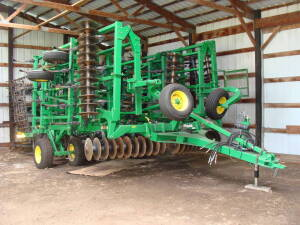 "2010 JD 2310 Mulch Finisher, 39' 9"", w/6 bar spike tooth drag & JD rear hitch & hyd."