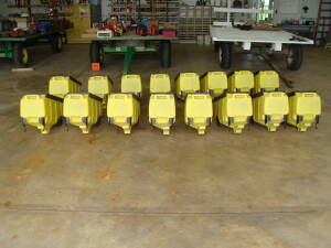 (16) JD  3 bushel boxes