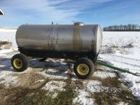1200 Gal. stainless steel tank on JD running gear
