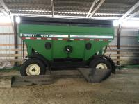 brent 444 green gravity wagon, fenders, roll tarp, LED lights
