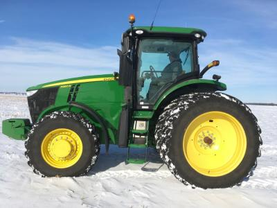 2012 JD 7260R,MFWD, 725 hrs., IVT, 4 remotes, power beyond, mid