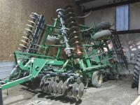 JD 726 soil finisher, 24', w/5bar spike tooth drag""